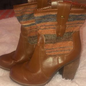 Arizona heeled boots
